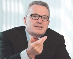 """Thomas Sattelberger, Themenbotschafter in der Initiative """"Neue Qualität der Arbeit""""."""