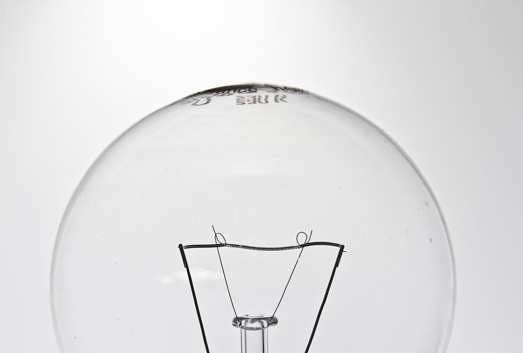 Light Bulb 43/366, Dennis Skley, Flickr.com; https://flic.kr/p/bsqRdi