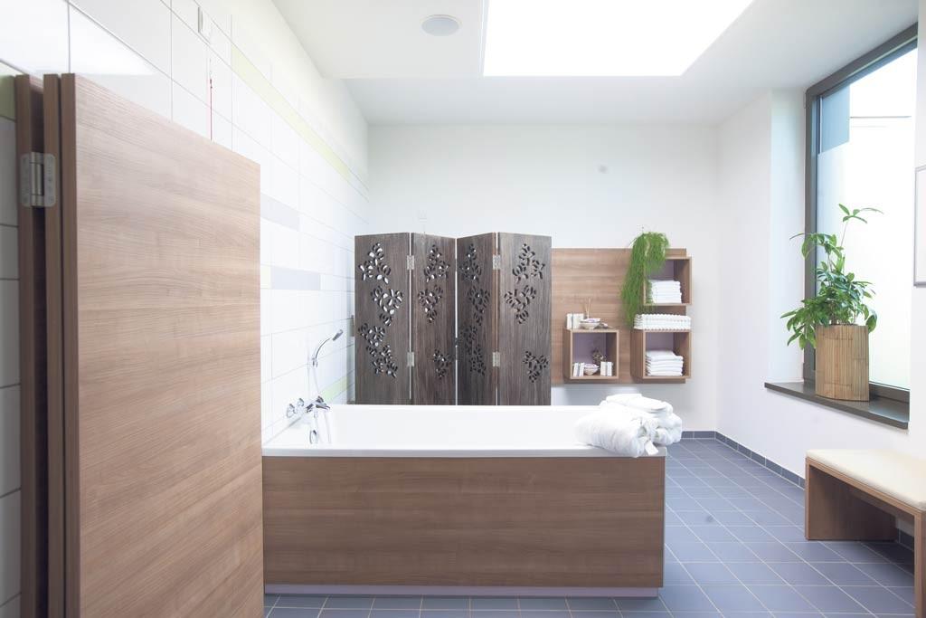 Seelische Balance: Stilvolles Ambiente, um zur Ruhe zu kommen. Das mehrfach ausgezeichnete St.-Alexius-/St.-Josef-Krankenhaus in Neuss bietet für Manager und Macher die Ruheoase mit Wohlfühlfaktor.
