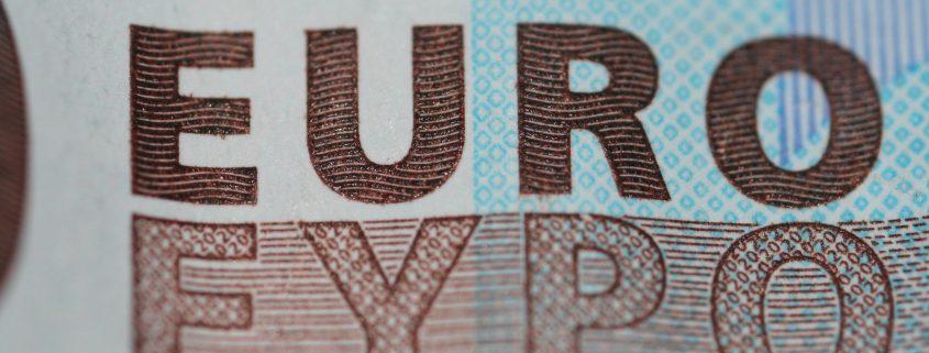 Quinn Dombrowski Euro; flickr.com; https://flic.kr/p/4VBm7h; Veröffentlicht unter: https://creativecommons.org/licenses/by-sa/2.0/