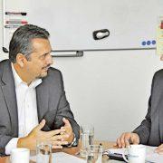 Gelungene Transformation: TREND-REPORT-Redakteur Bernhard Haselbauer (re.) sprach mit Kai Derda, Country General Manager der Chep Deutschland GmbH, über die Digitalisierung des stationären Handels und die Zukunft von Display-Promotions.