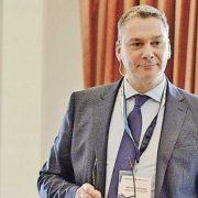 Merten Slominsky ist überzeugt, dass ein stark vereinfachter Onboarding-Prozess die Kundenbindung wesentlich verbessert.