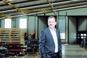 """""""Die größte Herausforderung, vor die unsere Kunden uns stellen, ist Flexibilität"""", so Heimo Robosch."""