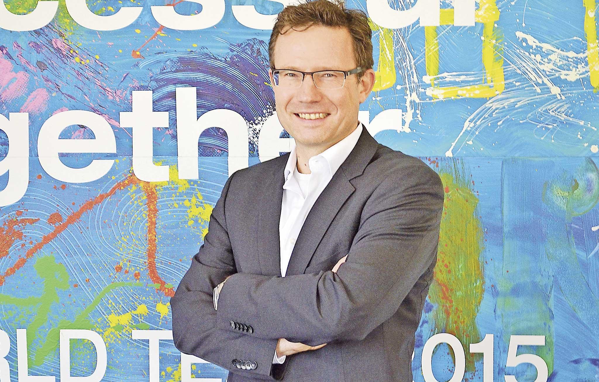 Michael Reichle berichtet, wie eine Cloud-Plattform Kollaboration und Abwicklung in Logistikketten revolutioniert.
